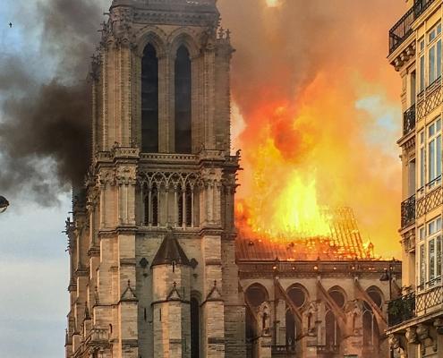 Brand Notre Dame Parijs